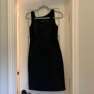 NWT Elie Tahari blue and black size 4